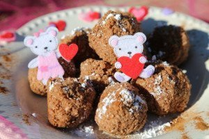Low-FODMAP Chocolate Coconut Balls
