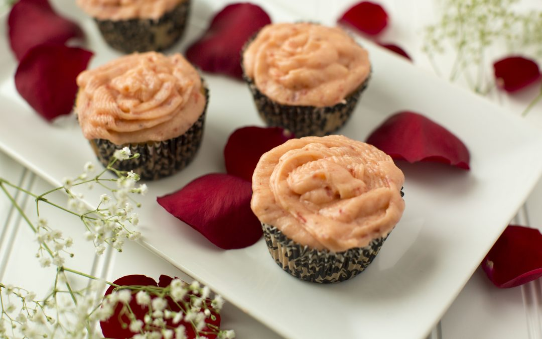 Low-FODMAP Valentine's Day Cupcakes with Fresh Strawberry Frosting
